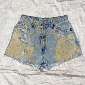 LEVIS ✨ Acid Wash Denim High Waisted Shorts